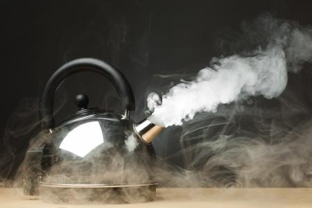 boiling-tea-pot